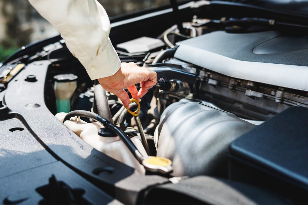 Car Checks: Autoserve's Guide To What You Need To Monitor And How Often